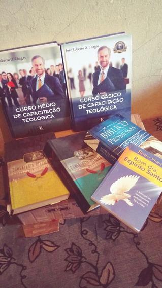 Livros De Curso Básico E Médio De Teologia .