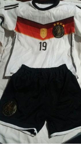 Equipo Futbol Alemania Niño