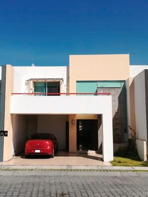 Bonita Residencia En Fracc. Alta Vista $ 3,950,000