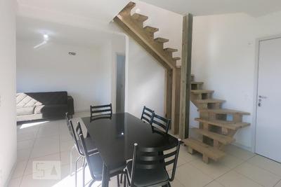 Apartamento No 1º Andar Com 2 Dormitórios E 2 Garagens - Id: 892929000 - 229000