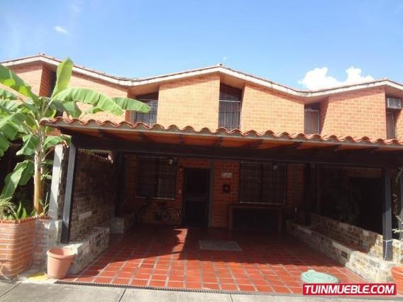 Townhouse En Venta - Nueva Casarapa 19-9675