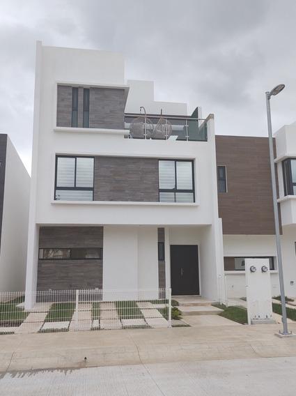 Casa 3 Recámaras 2.5 Baños A 5 Min De La Playa Del Carmen