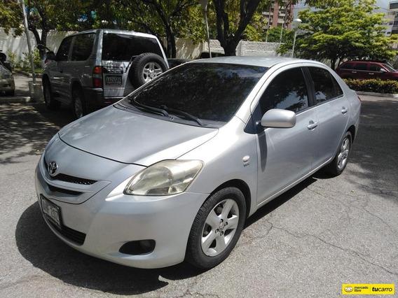 Toyota Yaris Belta Sincronico