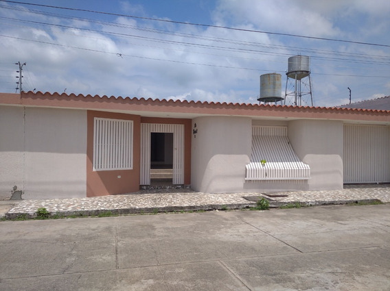 Renta House Barinas Vende Casa La Lagunita Rah 21-1082 I.p