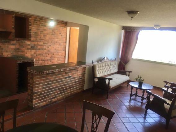Apartamento En Club Hipico Las Trinitarias