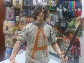 Daryl Dixon. Savior Prisioner. The Walking Dead. Mc Farlane