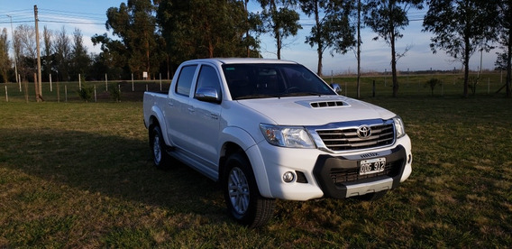 Toyota Hilux 3.0 Cd Srv Cuero 171cv 4x2 - E4 2014