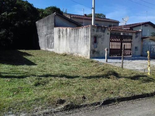 Casa Em Itanhaém Lado Praia, 1500 Metros Do Mar.