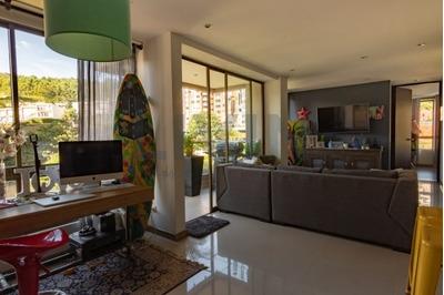 Apartamento En Arriendo Las Palmas 494-2836