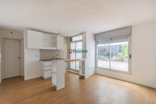 Hermoso Apartamento De 1 Dorm / Gran Patio Con Deck / Tres C