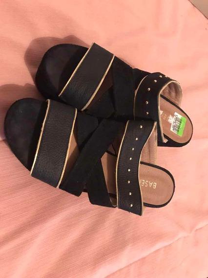 Sandalias Negras Gamuzadas Nuevas Con Plataforma