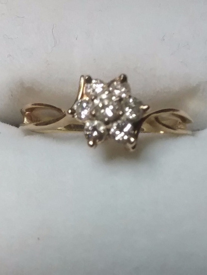 Anillo En Flor Diamantes Oro Amarillo 14 Kilates