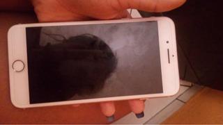 iPhone 8 Plus 64 Gigas Acompanha Todos Os Acessórios!
