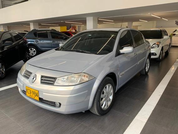 Renault Megane 2 Odeon Aut 2.0 Gris 2011 Kiv984
