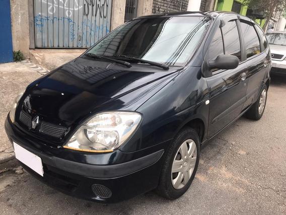 Renault - Scenic 1.6 Authentique - 2005