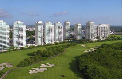 Axent By Isola. Departamento En Venta, 2 Recs./2baños, 158m2. Sobre Ave. Bonampak, Puerto Cancún