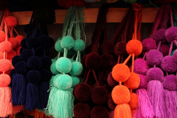 Una Docena Pompones /solo Un Tono/ Chiapas
