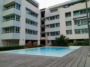 Apartamento En Venta En Los Palos Grandes 20-3888 Sj 0414 2718174