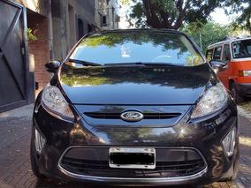 Vendo O Permuto Ford Fiesta Kinetic Design 1.6 Titanium