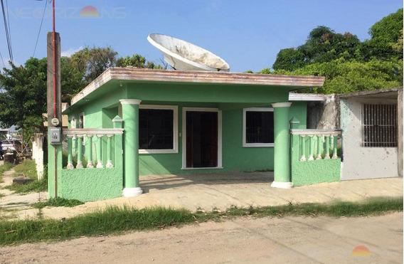 Casa En Venta En Col. Tampico-altamira