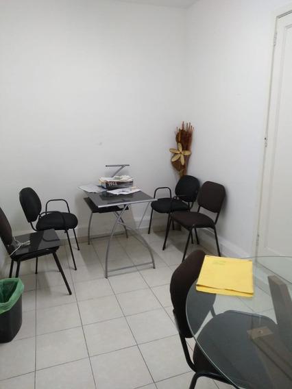 2 Oficinas Y Un Local Comercial