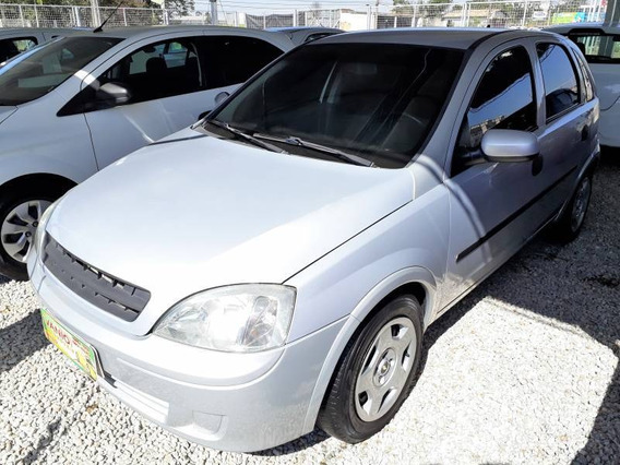 Chevrolet Corsa Hatchback 1.0 8v