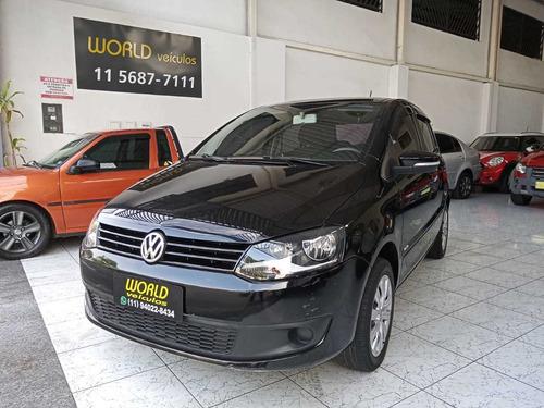 Imagem 1 de 13 de Volkswagen Fox 1.6 Vht Trend 2013 Total Flex I-motion 4p