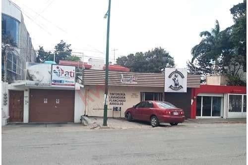 Propiedad En Venta Sobre El Boulevard Belisario Dominguez Frente A Laureles