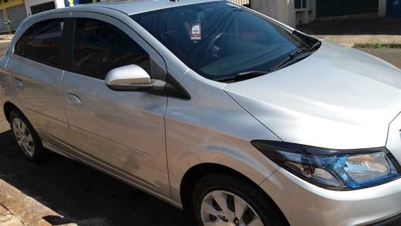 Chevrolet Onix Motor 1.4 2016 Prata 5 Portas
