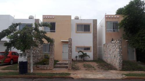Casa En Renta Seminueva Amueblada Equipada!! Real Montejo Al Norte De La Ciudad