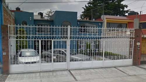 Remate Bancario, Excelente Inversión, Casa En Metepec, Edo. Mex.