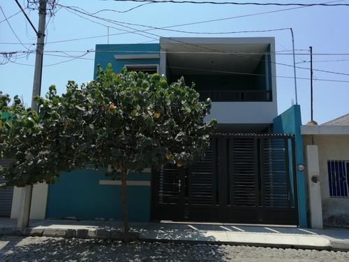 Casa En Venta En Gregorio Torres Quintero, Colima
