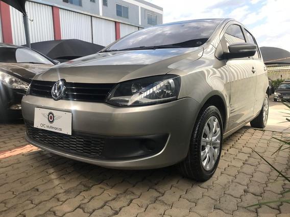 Volkswagen Fox 1.6 2012/2013 (flex) - Prata