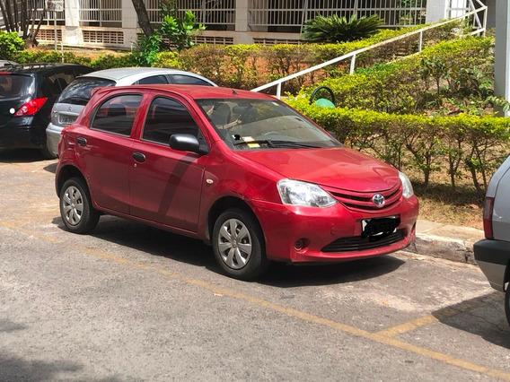 Toyota Etios Hb X Hatch 1.3 Flex 16v 5p Mec.
