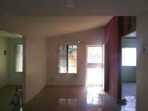 Casa En Alquiler Barquisimeto Norte 20-9946 Mz