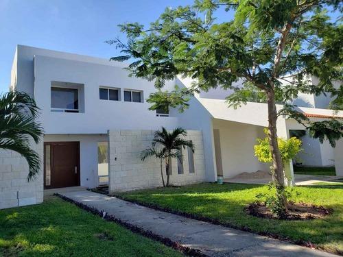 Remateeee Casa Muy Amplia En Lagos Del Sol Cancun