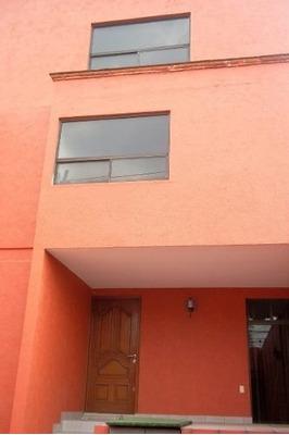 Amplia Casa En San Jerónimo Lídice, 3 Recámaras, 3 Autos