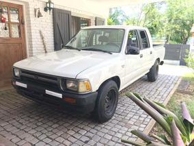 Toyota Hilux 2.8 D/cab 4x2 D Dlx 2001