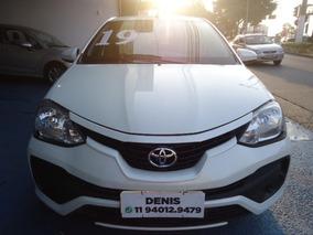 Toyota Etios Sedán X 1.5