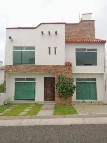 Casa Sola En Renta En El Mirador, El Marqués, Querétaro