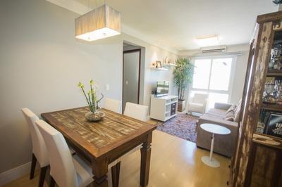 Apartamento Em Cristal Com 2 Dormitórios - Bt6410