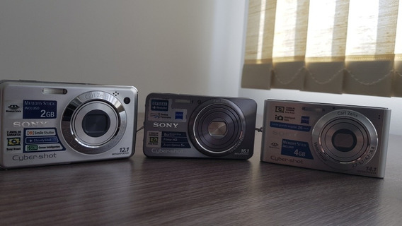 Câmeras Sony Compactas. Duas Com O Carregador De Bateria