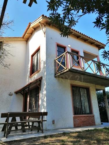 ¡hermosa Casa A 200 Mts Del Mar En Punta Del Diablo!