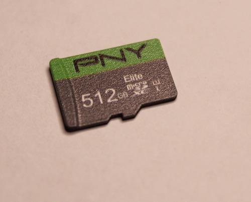 Imagem 1 de 5 de Fantástico Cartão De Memória Importado 512gb + 2 Adaptadores
