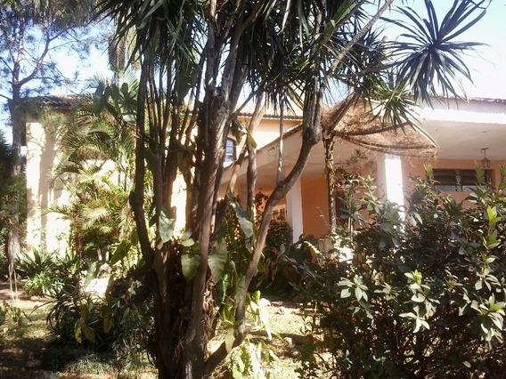 Jarinu Sp - Bairro Do Maracanã 3 Dormitórios 1 Suite - Ch00006 - 3445253