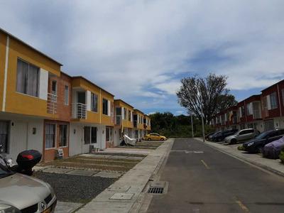 Se Renta Casa Senderos Del Campo Galicia