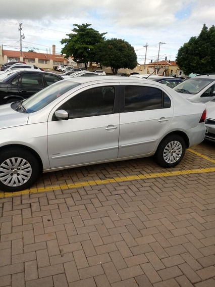 Volkswagen Voyage 1.6 Vht Trend Total Flex I-motion 4p 2011