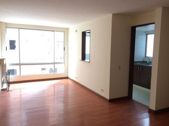 Apartamento En Venta Gratamira 90-61159