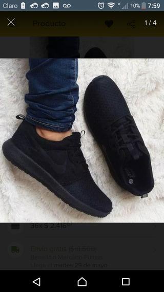 Zapatilla Nike En Buen Estado Talla 41 Color Negros.