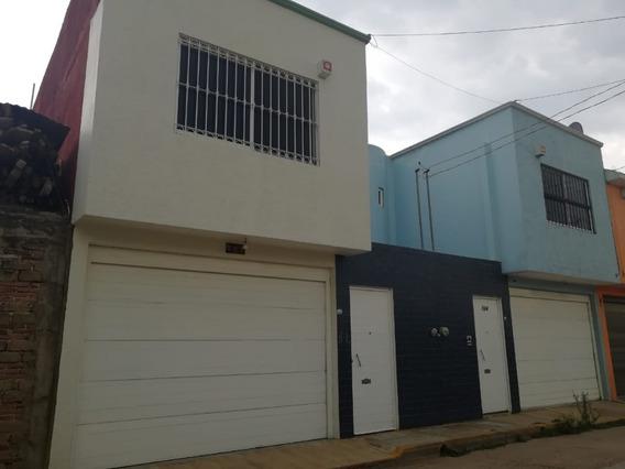 Casa Con 4 Recamaras En Santa Cruz Amilpas